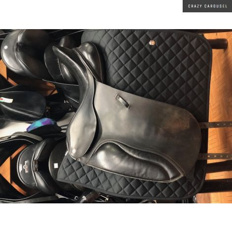 17.5 Wide Barnsby Dressage Saddle
