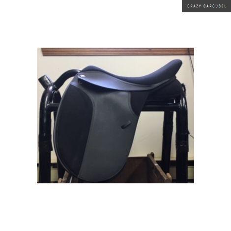 Thorowgood dressage saddle 18'' xw