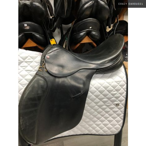 Lovette Dressage Saddle