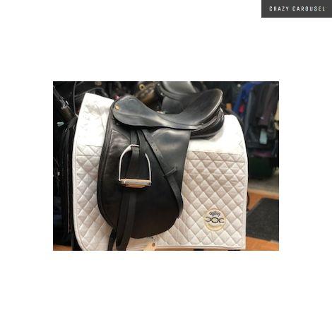 17 1/2 med wide dressage saddle