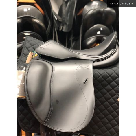 "18"" W Tekna Dressage Saddle"