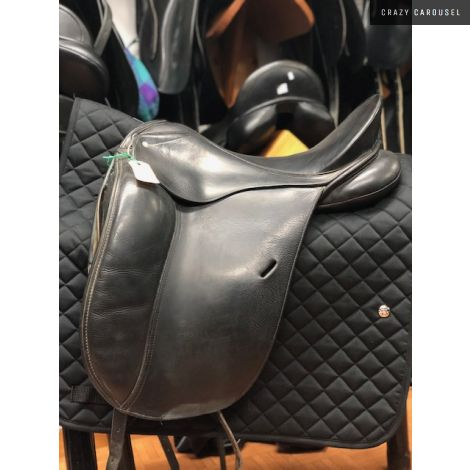 "17.5"" XW Schleese Dressage Saddle"